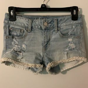 American Eagle Light Wash Shortie Shorts SIze 00